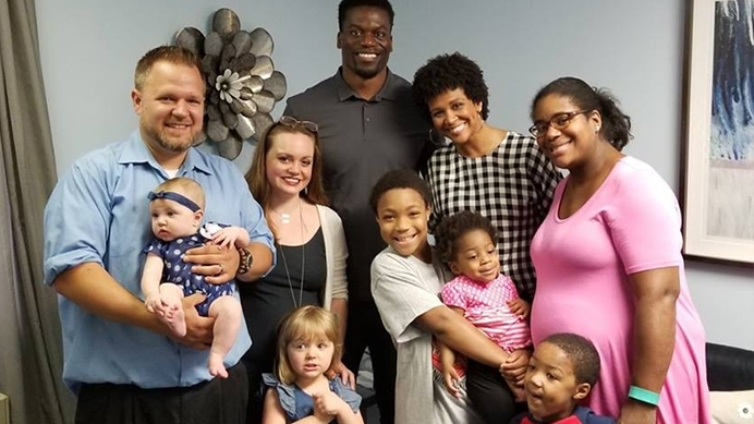 Our #1 story from 2018: Football Star Benjamin Watson Equips Maryland Pregnancy Clinic to Defend Life
