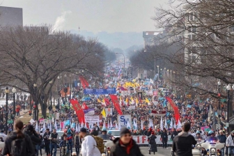 Hundreds of thousands converge in Washington, D.C. for the 2019 March for Life.